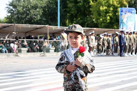 تصاویر/ رژه متفاوت نیروهای مسلح در همدان