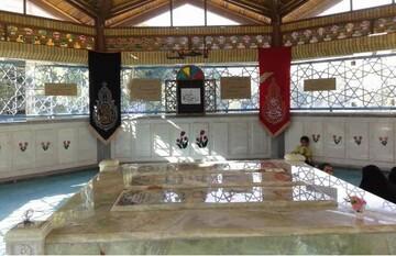 گرامیداشت هفته دفاع مقدس در مزار شهدای گمنام جامعهالزهرا