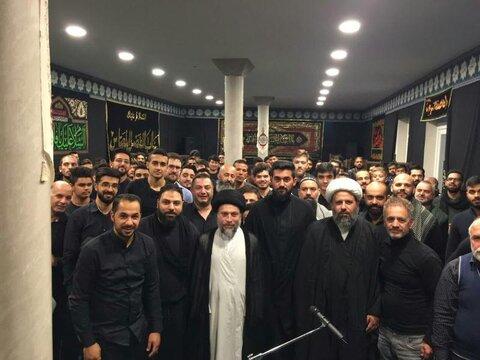 السيد رياض الحكيم يزور عدة دول أروبية ويشارك في المجالس الحسينية ويلقي محاضرات