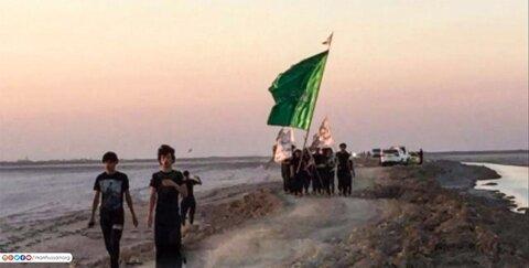 بالصور/ انطلاق مسيرة الاربعين نحو كربلاء من أبعد نقطة حدودية في جنوب العراق