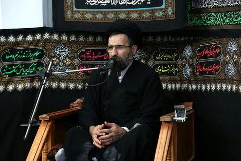 بالصور/ إقامة مجالس العزاء في ذكرى استشهاد الإمام زين العابدين (ع) في بيوت مراجع الدين بقم المقدسة