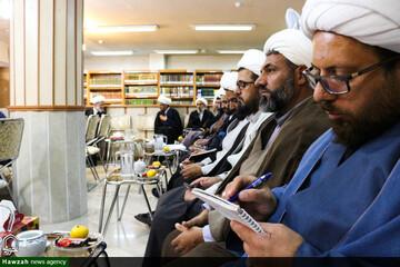 نشست هم اندیشی مدیران مدارس علمیه اصفهان به روایت تصویر