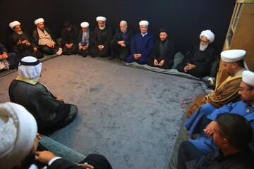 اسلام انسان ها را به محبت و احترام به دیگران تشویق میکند