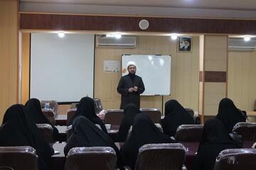 دوره تخصصی «تربیت مربی نماز » در قزوین آغاز شد