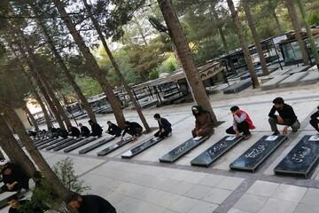 تصاویر/ حضور طلاب اسلام آباد غرب بر مزار شهدا