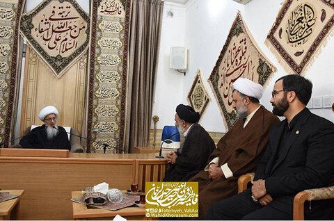 دیدار رئیس مرکز خدمات حوزه با آیت الله العظمی وحید خراسانی