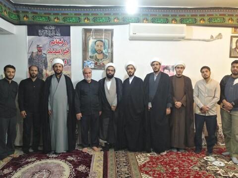 تصاویر/ دیدار جمعی از طلاب مدرسه عالی انوار طاها با خانواده شهید مدافع حرم سعید سامانلو