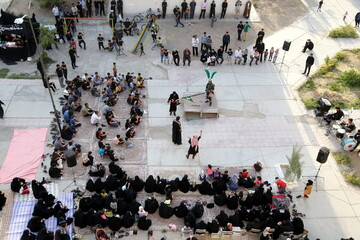 تصاویر/ مراسم تعزیه خوانی در مجتمع گلستان شهرک پردیسان قم