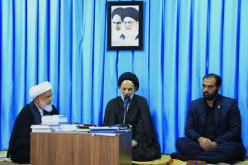 امام جمعه بیرجند: فتنه های دشمنان خدشه ای به انقلاب وارد نمی کند