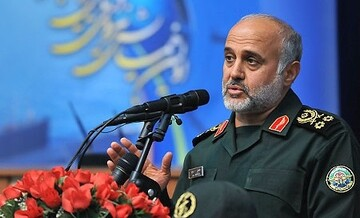از تمام ظرفیت انقلاب اسلامی برای شکستن اراده و موقعیت دشمن استفاده می شود