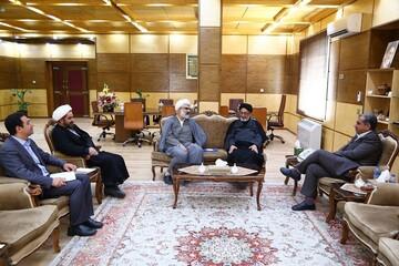 مدیر حوزه علمیه قزوین با استاندار جدید دیدار کرد
