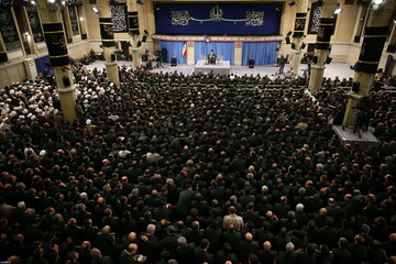 تصاویر/ دیدار هزاران نفر از فرماندهان سپاه پاسداران انقلاب اسلامی با رهبر انقلاب