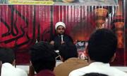 قرآن و عترت در بین مردم غریب اند