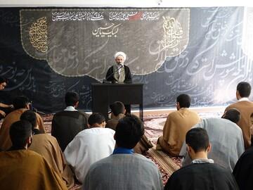 بازدید مدیر مرکز خدمات تهران از مدرسه علمیه امام صادق(ع) پرند+ عکس