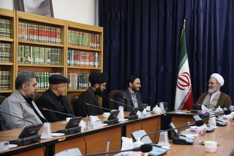 دیدار رئیس کانون وکلا با آیت الله اعرافی