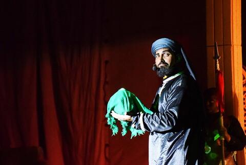 تصاویر/ تئاتر عاشورایی «علمداران» در ابرکوه