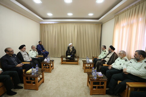 تصاویر/ دیدار فرمانده نیروی انتظامی با مراجع عظام تقلید