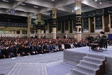 نخبگان پاره تن کشور هستند/ جریانی در کشور نخبگان را از ماندن در ایران دلسرد میکند