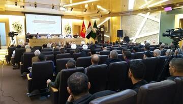 باحثون يجتمعون في مرقد الامام الحسين (ع) لترجمة زيارة الاربعين وفق المفهوم العلمي