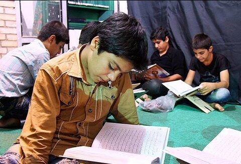 خواندن قرآن کودک