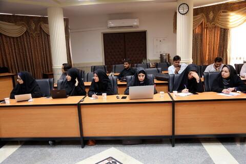 تصاویر/ نشست رئیس دانشگاه ادیان و مذاهب با اصحاب رسانه