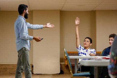 برنامه آموزشی «مقابله با قلدری دینی» برای دانش آموزان مسلمان در کالیفرنیا