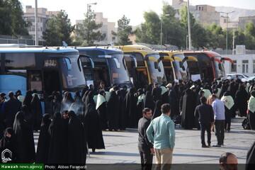 بالصور/ توديع مبلغات جامعة الزهراء عليها السلام إلى الأربعين الحسيني بقم المقدسة