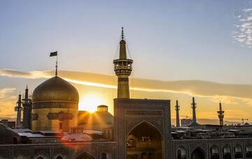 Russian young man converts to Islam at Imam Reza (AS) holy shrine