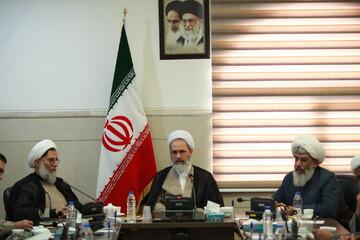 حوزه علمیه خود را حامی نیروهای مسلح و ارتش جمهوری اسلامی می داند