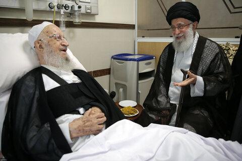 تصاویر/ عیادت رهبر معظم انقلاب اسلامی از آیت الله العظمی مکارم شیرازی