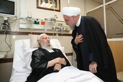 تصاویر/ عیادت رئیس جمهور از آیت الله العظمی مکارم شیرازی