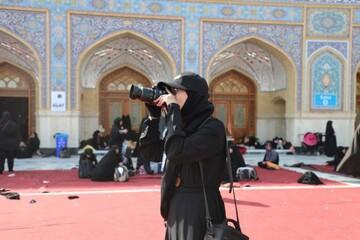 إعلاميات من مختلف الجنسيات والوكالات العالمية يشاركن في تغطية مراسيم زيارة الأربعين