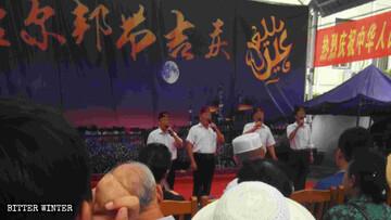 مسلمانان چینی ملزم به خواندن شعارهای کمونیستی در اعیاد اسلامی هستند!