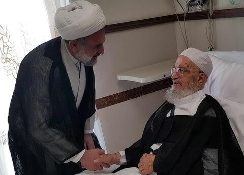 عیادت حجت الاسلام ذوالنوری از آیتالله العظمی مکارم شیرازی