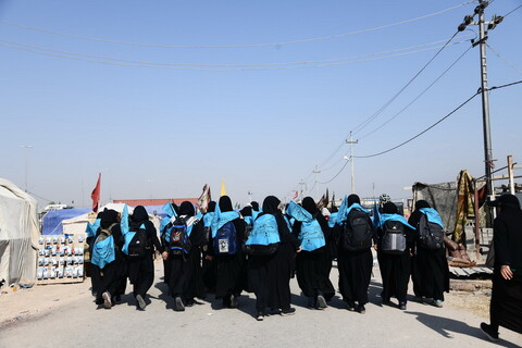 حضور جمعی از دانش آموزان منتخب مدارس صدرای ولایت در پیادهروی اربعین