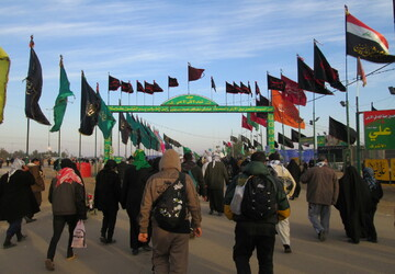 سفیران کریمه، روضهخوان موکبداران عراقی/ گسترش صحنهای معنوی حرم مطهر در عراق