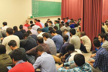دانشجویان مسلمان دانشگاه اتاوا خواستار نمازخانه مناسب و وضوخانه شدند