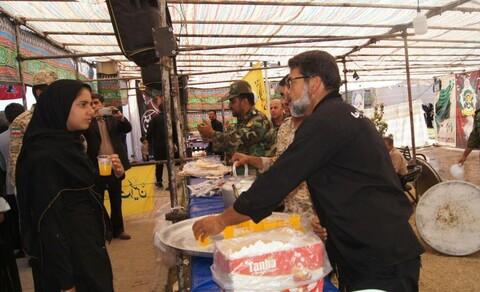تصاویر/ استقبال نیروهای مسلح در مرز خسروی از زائرین اربعین