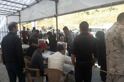 تصاویر/ خدمت رسانی روحانیون کرمانشاهی به زائران اربعین در مرزهای مهران و خسروی