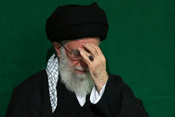 متى كانت المرّة الأخيرة التي تشرّف فيها الإمام الخامنئي بزيارة كربلاء؟