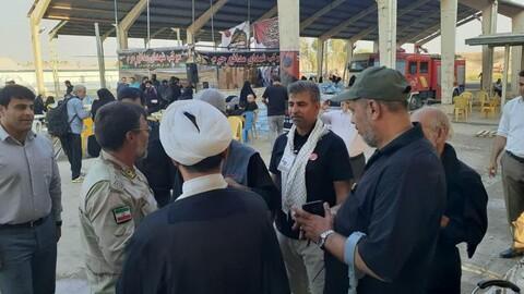 تصاویر/ خدمت رسانی دو موکب ایرانی و عراقی در منذریه عراق به زائران اربعین