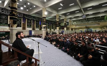 فیلم| مداحی آقای میثم مطیعی در حضور رهبر انقلاب