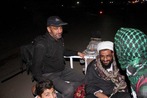حضور ساده امام جمعه جوان همدان در پیاده روی اربعین امسال