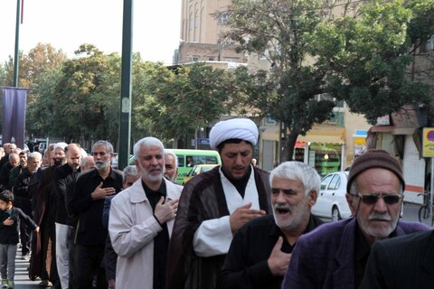 تصاویر/ دسته عزاداری حوزه علمیه همدان در اربعین حسینی