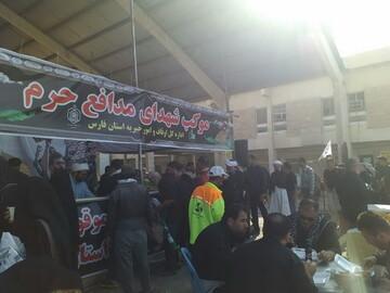 تصاویر/ توزیع بیش از ۱۰۰ هزار پذیرایی در موکب اوقاف فارس در منذریه عراق