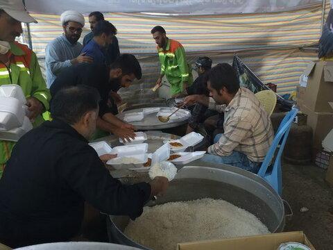 توزیع بیش از ۱۰۰ هزار پذیرایی در موکب اوقاف فارس در منذریه عراق