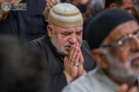 بالصور/  زائرو الأربعين يودعون مرقد أمير المؤمنين (ع) بدموع وأحزان على أمل العودة