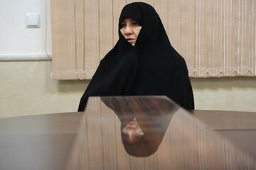تنها امکانات عملیات حضرت زینب(س) کلمه بود/ بازنمایی زنی مویهکن از حضرت زینب(س) خیانت است