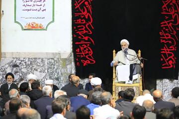 تصاویر/ سخنرانی استاد قرائتی در مسجد امام حسین(ع) بیرجند