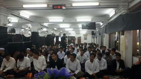 تصاویری از سفر آیت الله اعرافی به اندونزی